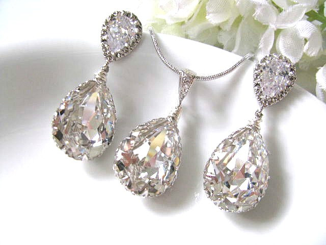Pear Drop Swarovski Crystals In White Gold Bridal Earrings And Necklace Set Jewelry Bridesmaid Wedding